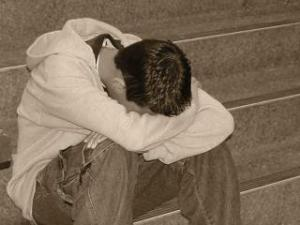 KCRG_news_depression-teen-boy-sad1